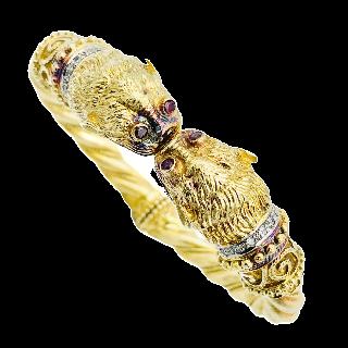 Collier signé LALAOUNIS en or jaune 18 k massif , Emeraudes, rubis et saphirs . 175,50 Grs