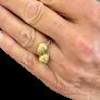 Bague or jaune 18k et platine vers 1950 , avec rosace en diamants 0.65 ct total