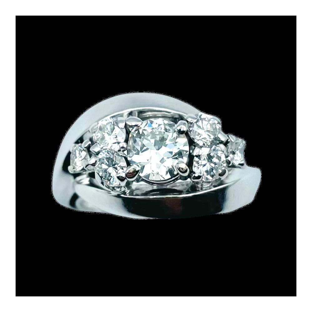 Solitaire en Or gris 18 Cts avec Diamant brillant 1.01 Cts I-VVS2 + saphirs et diamants