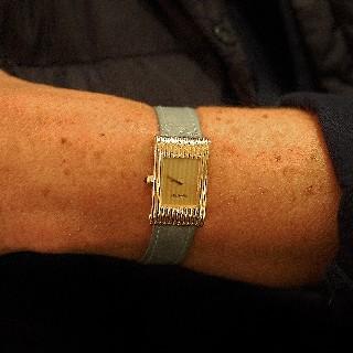 """Montre Cartier Dame """"Ellipse"""" Or Jaune 18k Vers 1990 Mécanique"""