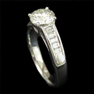 """Alliance Mauboussin 5 rangs Diamants Or gris 18 Carats  """"Je le Veux""""  Taille 49 à 51."""