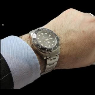 Bracelet ligne en or gris 18k avec 2.50 Cts de Diamants brillants.