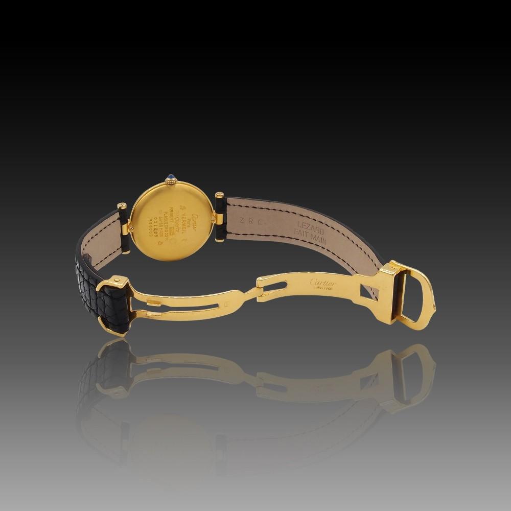 Bague en or jaune 18k avec saphir fin et diamants .Taille 55