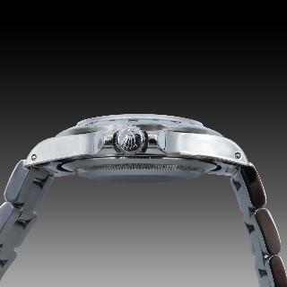 Alliance or gris 18k avec 2.30 Cts de Diamants Brillants . Taille 54.