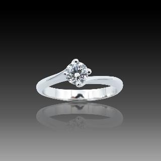 Alliance or gris 18k avec 3.34 Cts de Diamants Brillants G-VS. Taille 52.