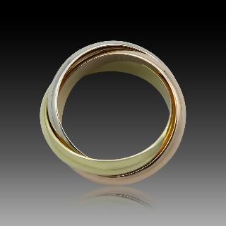 """Bague MAUBOUSSIN """"Perle d'or"""" avec Diamants, Taille 49. Prix neuf : 4000€."""