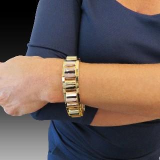 Bracelet en or jaune 18K  Vers 1900  . Poids: 24.60 gr
