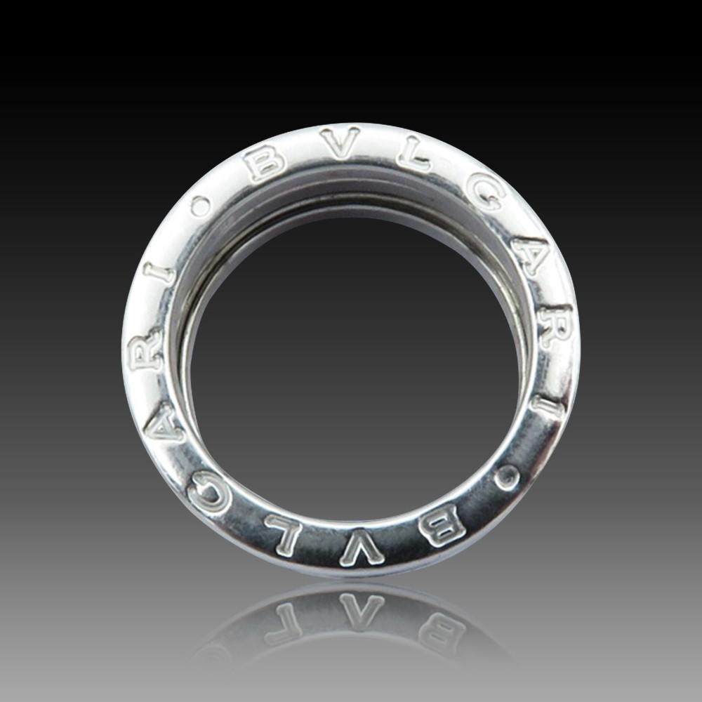 Alliance or gris 18k avec 2.40 Cts de Diamants Brillants G-VS. Taille 50-51.