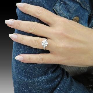 Bracelet DinhVan Menottes R12  Grand modèle Or Gris 18 k et diamants .