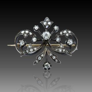 Boucles d'oreilles Dormeuses en or gris 18k et Platine vers 1960 avec Diamants 0,90 Cts