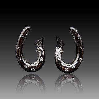 """Boucles d'oreilles Boucheron """"Massai"""" Or gris 18k Diamants"""