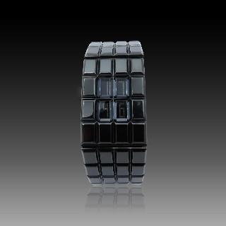 Bague Solitaire en platine et or 18k massif avec 1.15 cts de diamants.
