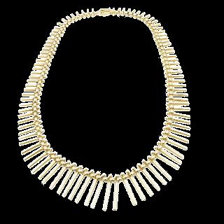 Collier en or rose 18 carats vers 1980 . Poids : 35,20 Gr
