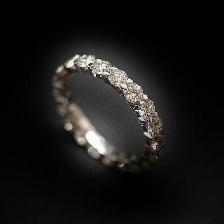 Alliance or gris 18k avec 2.00 Cts de Diamants Brillants G-VS. Taille 51-52