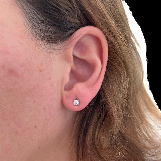 Puces d'oreilles Tiffany & Co en Platine avec 2 Diamants Brillants de 0,20 Cts