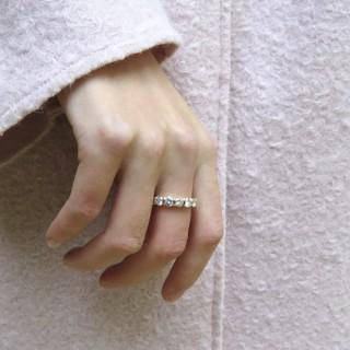 Montre Dame Augis en Or gris 18k vers 1970 avec diamants brillants. Mécanique