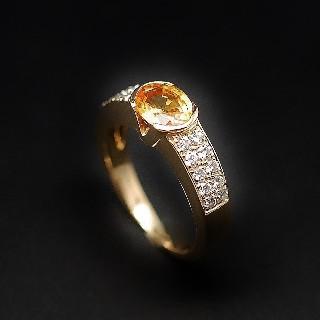 Bague en Or Jaune 18k avec Saphir Jaune et Diamants Brillants