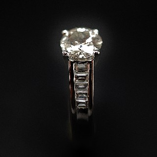 Solitaire en or 18k avec Diamant brillant 1.15 Cts qualité M-VS2 .