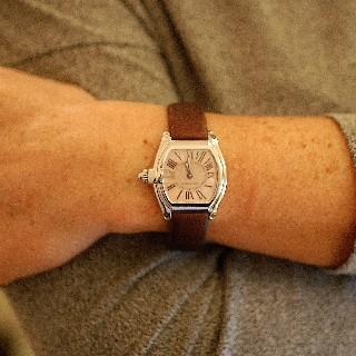 """Montre Cartier Dame """"Roadster"""" petit modèle en acier quartz Vers 2010."""