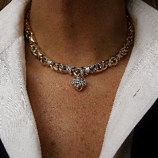 "Collier Bulgari ""Profumo"" or jaune 18k Diamants vers 1980"