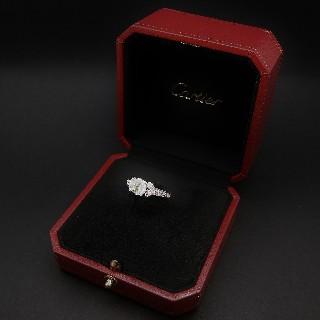 """Solitaire Cartier """"Ballerine"""" platine, Diamant 1.23 ct H-VVS2 + bts de 2011  Taille 51."""