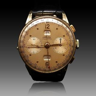 Montre Angelus Vintage Chronodato Triple Date Or jaune 18k mécanique Vers 1945.