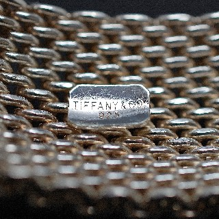 Bracelet souple Tiffany & Co en argent . 125.30 gr