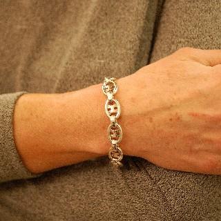 Bracelet Hermes Vintage en Argent. Vers 1980. maille Ovale