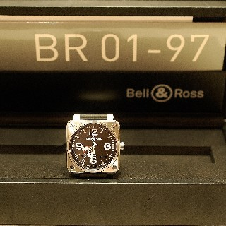Montre Bell & Ross Acier BR-01-97 Réserve de marche  Boite et Papiers de 2005.