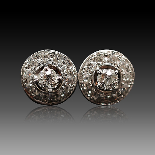 Boucles d'oreilles rondes en or 18k avec 2,0 Cts de Diamants taille ancienne.