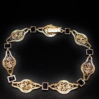 Bracelet Vintage en or jaune 18K avec Saphirs Vers 1900  . Poids: 13,10 gr