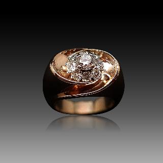 Bague Or rose 18K vers 1950 avec 1,40 Cts de Diamants H-VS. Taille 54
