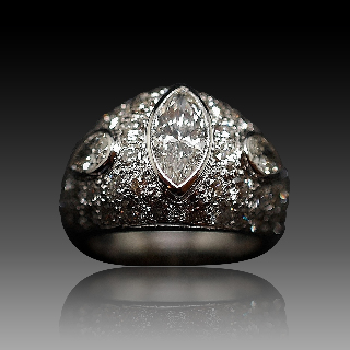 Bague Or Gris 18k avec 4,0 Cts de Diamants brillants, Marquise et Poires.