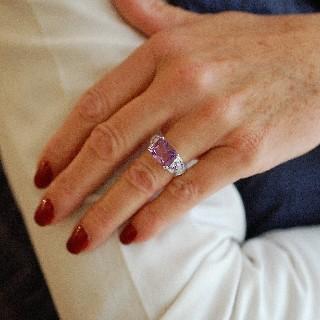 """Bague Mauboussin """"Ma princesse d'amour"""" Or Gris 18k Améthystes, Diamants. Taille 51."""