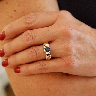 Bague Or Jaune 18K massif avec Saphir Ceylan + Diamants. Taille 51.