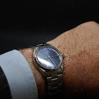 Montre Rolex Vintage Air king Acier de 1973 . Cadran bleu. Ref : 5500.