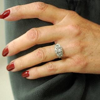 Bague en Or 18 Cts et platine avec 0.30 Cts  de Diamants . Taille 54