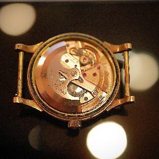 Montre Omega Vintage Constellation Pie-Pan Automatique en Or rose 18k  Vers 1960.