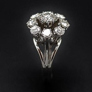 Bague entourage Or Jaune 18K et Platine Vers 1930 avec Diamants.