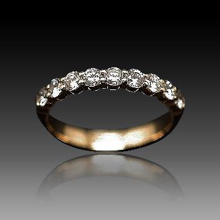 Demi Alliance or jaune 18k avec Diamants Brillants . Taille 53.