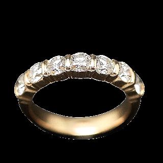 Demi Alliance or jaune 18k avec 1.40 Cts Diamants Brillants . Taille 53.