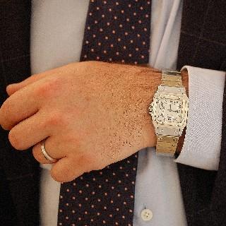 """Montre Cartier Homme """"Santos"""" Rectangulaire en acier Automatique Vers 1990."""