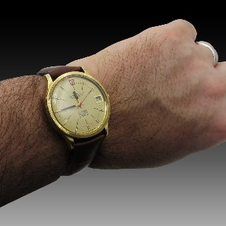 Montre Omega Constellation F300 en Or Jaune 18k vers 1970. Electronique