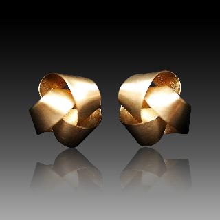 Boucles d'oreilles Niessing Or jaune 18k . Prix Neuf : 2200€