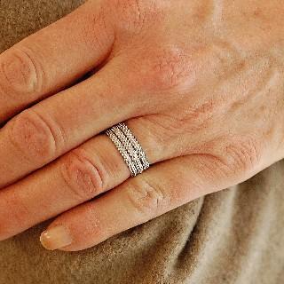 """Bague Mauboussin """"Le Premier Jour"""" Diamants. Or gris 18k .Taille 51."""