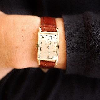 Montre Tiffany & Co Vintage Or 18k Rectangulaire Vers 1940 Mécanique.