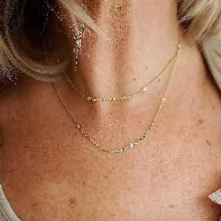 Collie en or jaune 18k avec 0.75 Cts de Diamants brillants.