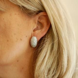 Boucles d'oreilles en Or Gris 18k avec 4,90 Cts de Diamants Brillants.